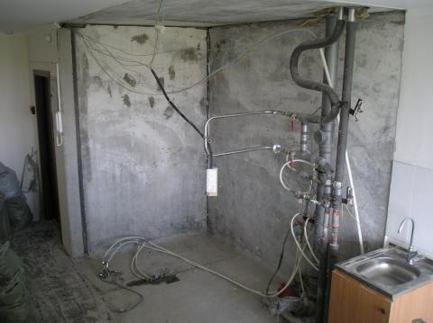 Плюсы и минусы сноса сантехкабины в квартире